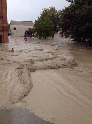 Parma sott'acqua.