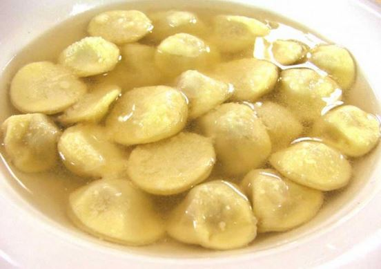 """Gli anolini: il """"brodo primordiale"""" dei parmigiani. Una riflessione gastronomica post-natalizia, che vale per tutto l'anno"""