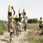 L' acqua: bene per la parità di genere
